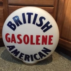 Rare British American One Piece Etched Gas Globe